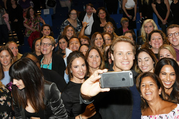 Sam Heughan Starz and Entertainment Weekly Host the New York Red Carpet Premiere of 'Outlander' Season Three