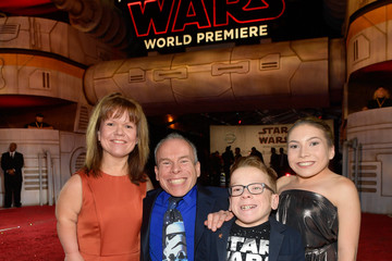 Samantha Davis Premiere of Disney Pictures and Lucasfilm's 'Star Wars: The Last Jedi' - Red Carpet