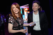 Actors Bryce Dallas Howard (L) and Seth Gabel celebrate the new Samsung Galaxy S6 edge+ and Galaxy Note5 at Launch Event on August 18, 2015 in Los Angeles, California.
