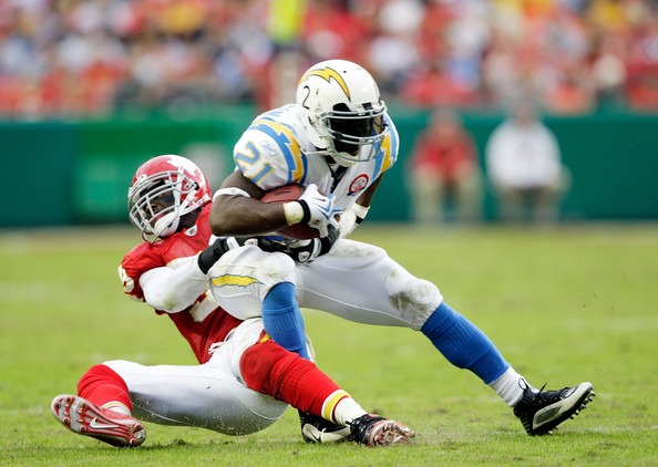 http://www4.pictures.zimbio.com/gi/San+Diego+<a class='sbn-auto-link' href='http://www.sbnation.com/nfl/teams/san-diego-chargers'>Chargers</a>+v+Kansas+City+Chiefs+__SOyqltUm8l.jpg