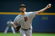 Madison Bumgarner #40 of the San Francisco Giants pitches against the Milwaukee Brewers during the first inning at Miller Park on September 9, 2018 in Milwaukee, Wisconsin.