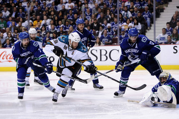 Roberto Luongo Ryan Kesler San Jose Sharks v Vancouver Canucks - Game One