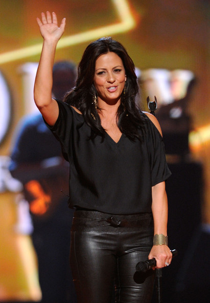 Sara evans singer sara evans performs onstage during the 46th annual