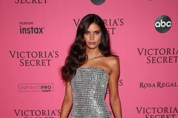 Sara Sampaio 2018 Victoria's Secret Fashion Show in New York - After Party Arrivals