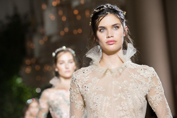 sara sampaio photos photos zuhair murad runway paris