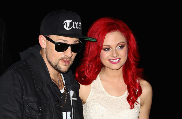 who is sarah de bono dating View the profiles of professionals named sara de bono on linkedin there are 6 professionals named sara de bono, who use linkedin to exchange information, ideas, and opportunities.