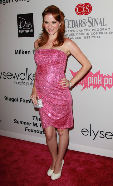http://www4.pictures.zimbio.com/gi/Sarah+Drew+Pink+Party+11+Arrivals+tBzSy6vjD1il.jpg