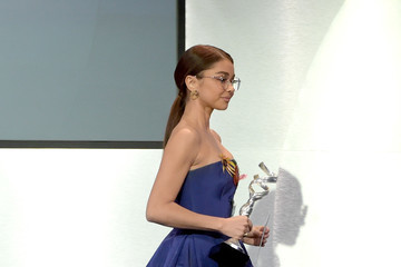 Sarah Hyland 20th CDGA (Costume Designers Guild Awards) - Show and Audience