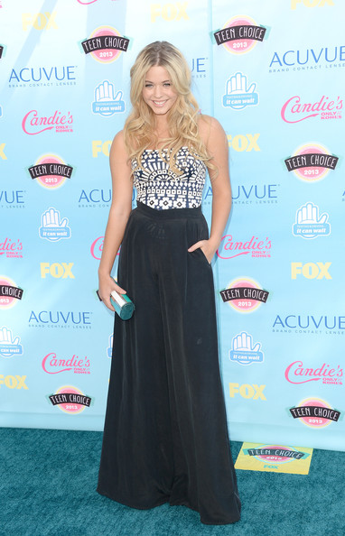 Sasha Pieterse - Teen Choice Awards 2013 - Arrivals