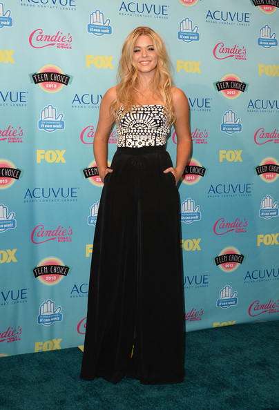 Sasha Pieterse - Teen Choice Awards 2013 - Press Room