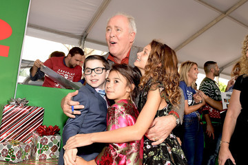 Scarlett Esteves Premiere of Paramount Pictures' 'Daddy's Home 2' - Red Carpet