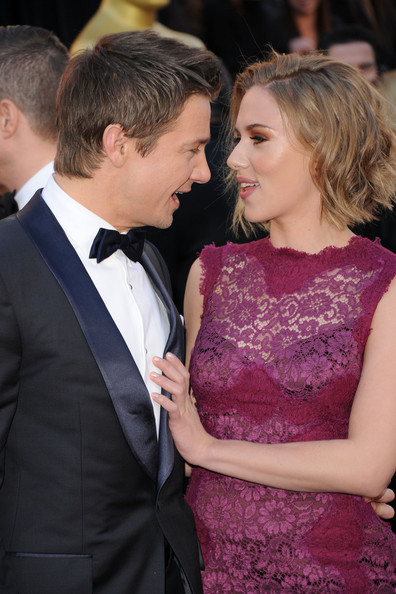 Scarlett Johansson Actor Jeremy Renner (L) and actress Scarlett Johansson arrive at the 83rd Annual Academy Awards held at the Kodak Theatre on February 27, 2011 in Hollywood, California.