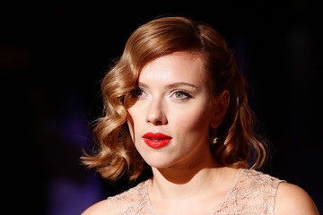 Scarlett Johansson Dolce & Gabbana - Arrivals - Milan Fashion Week Womenswear Spring/Summer 2012