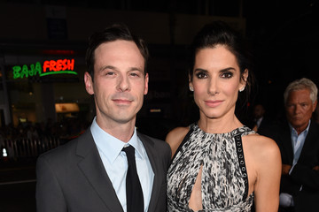 Scoot McNairy Premiere of Warner Bros. Pictures' 'Our Brand Is Crisis' - Red Carpet