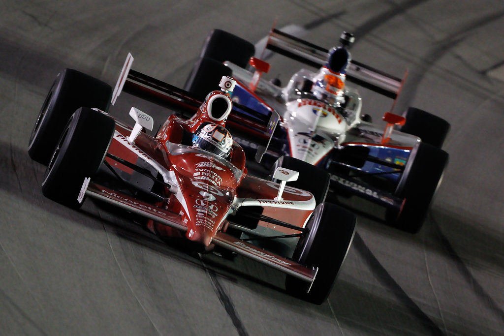 Dan Wheldon and Scott Dixon - Kentucky Indy 300