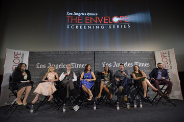 Scott Foley Los Angeles Times Envelope Screening of 'Scandal'