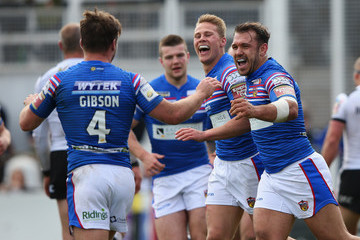 Scott Moore Wakefield Wildcats v Hull FC - First Utility Super League