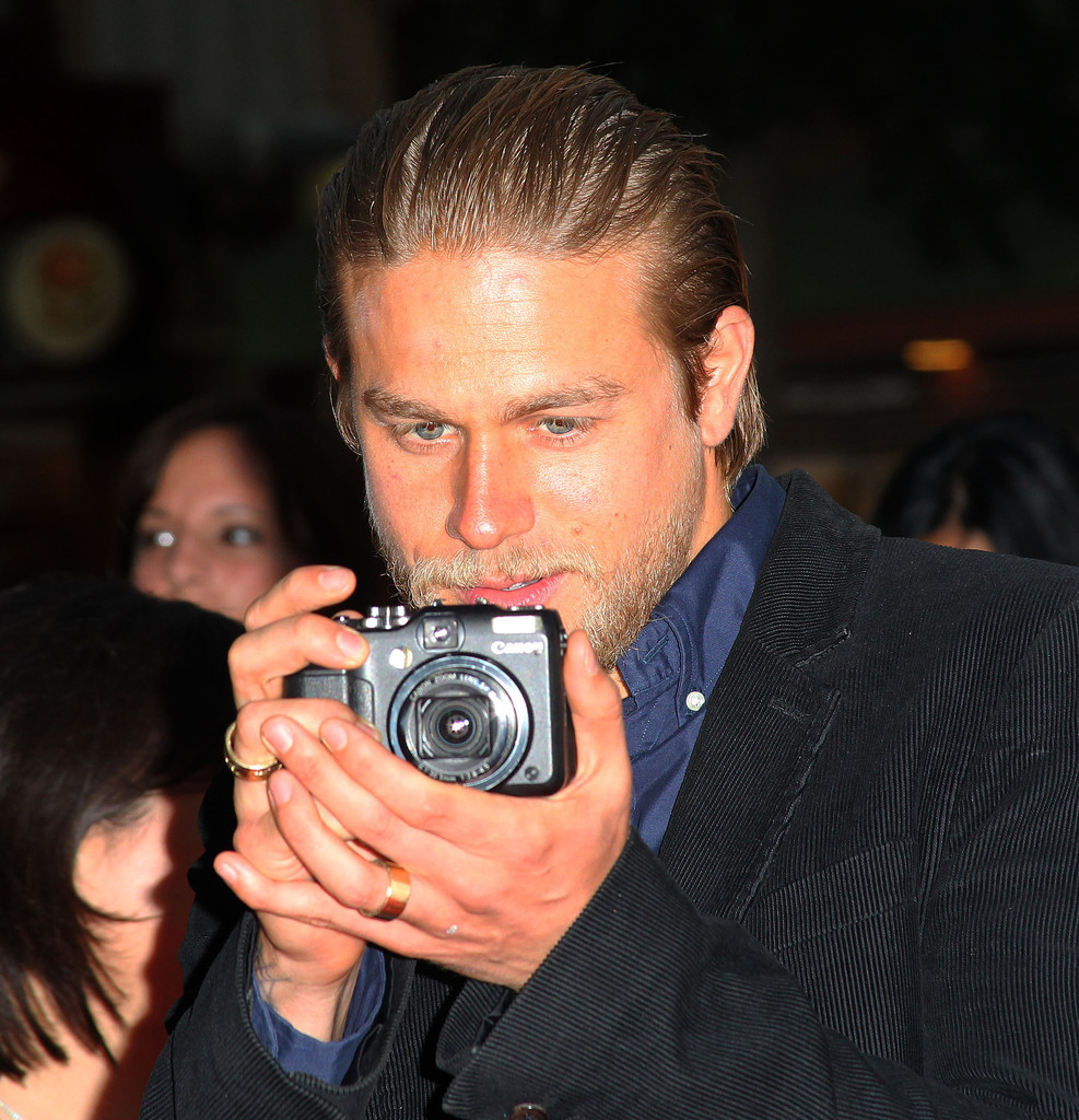 """Charlie Hunnam Photos Photos - Screening For FX's """"Sons Of ..."""
