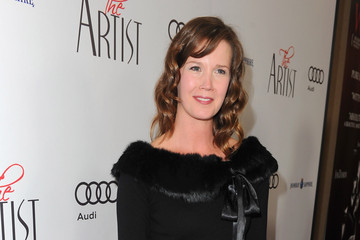 """Adria Tennor Screening Of The Weinstein Company's """"The Artist"""" - Red Carpet"""