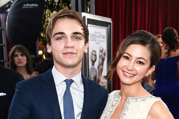Sean Grandillo The 22nd Annual Screen Actors Guild Awards - Red Carpet