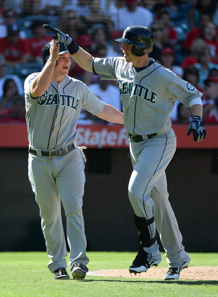 Seattle+Mariners+v+Los+Angeles+Angels+Anaheim+PW-FLJxQCTtx.jpg