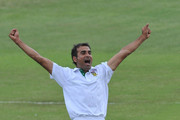 Imran Tahir of South Africa celebrates the wicket of Thilan Samaraweera of Sri Lanka for 43 runs during day 3 of the 2nd Sunfoil Test match between South Africa and Sri Lanka at Sahara Park Kingsmead on December 28, 2011 in Durban, South Africa.