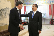 US Secretary of the Treasury Jack Lew (L) meets with Chinese Premier Li Keqiang ahead of a meeting in Zhongnanhai Leadership Compound on February 29, 2016 in Beijing, China.