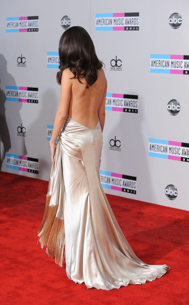 Selena Gomez Singer Selena Gomez arrives at the 2011 American Music Awards held at Nokia Theatre L.A. LIVE on November 20, 2011 in Los Angeles, California.