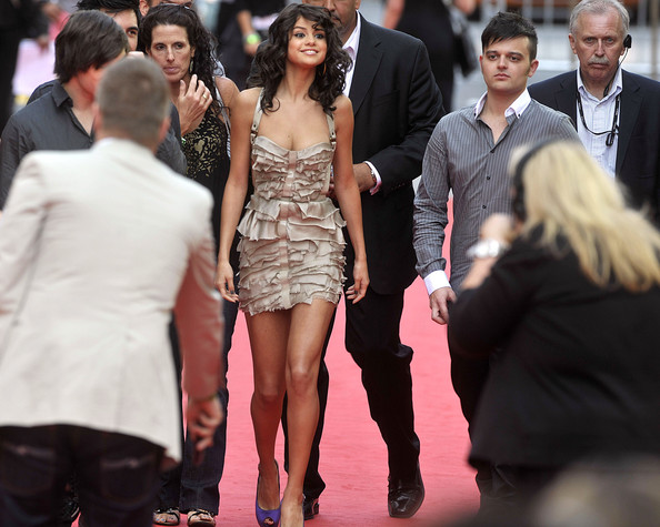 Selena Gomez Selena Gomez arrives on the red carpet at the 22nd Annual MuchMusic Video Awards at the MuchMusic HQ on June 19, 2011 in Toronto, Canada.
