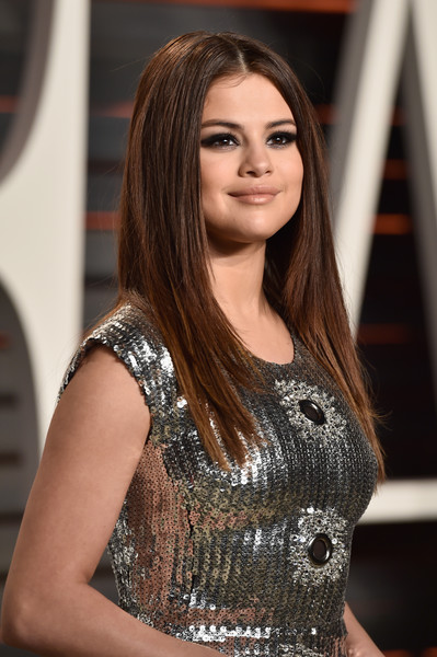 Selena+Gomez+2016+Vanity+Fair+Oscar+Part