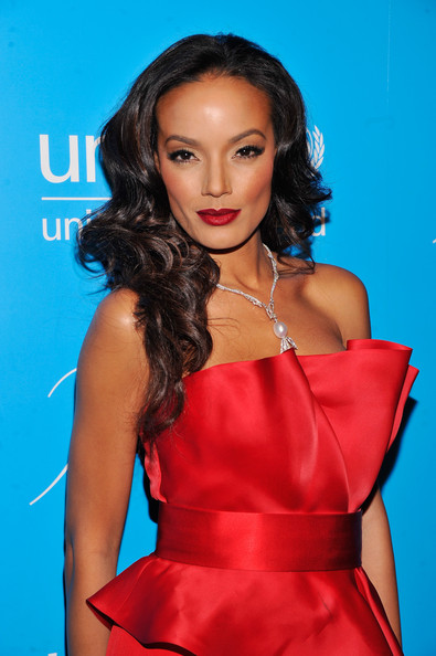 Selita Ebanks - Unicef SnowFlake Ball