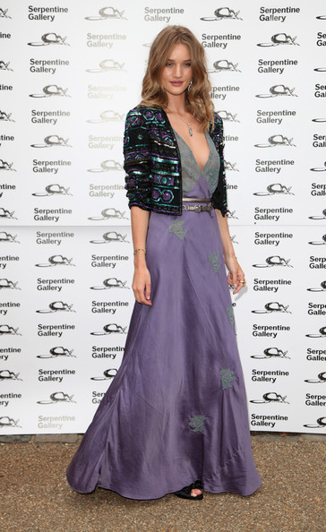 Rosie Huntington-Whiteley attends The Serpentine Gallery Summer Party at The Serpentine Gallery on July 9, 2009 in London, England.