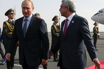 Serzh Sargsyan Putin Meets Modi on the side of the 8th BRICS Summit to Open in Goa
