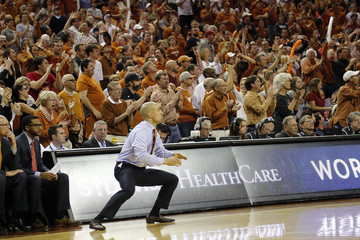 Shaka Smart Oklahoma v Texas