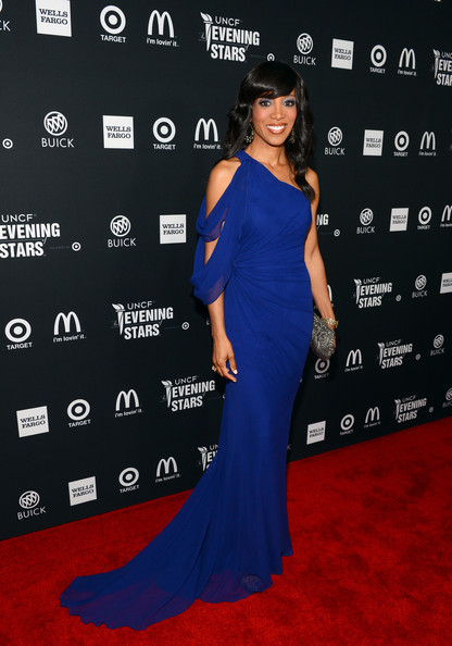 Shaun Robinson - UNCF Hosts The 33rd Annual An Evening With The Stars - Red Carpet
