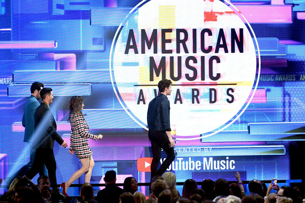 Shawn Mendes Photos Photos 2018 American Music Awards Fixed Show