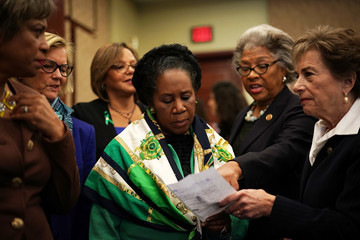 Sheila Jackson Lee Female U.S. Reps Call for Investigation Into Trump's Sexual Misconduct