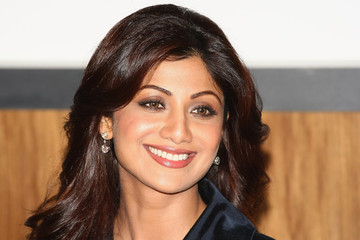 Shilpa Shetty Shilpa Shetty Unveils New Product - Photocall