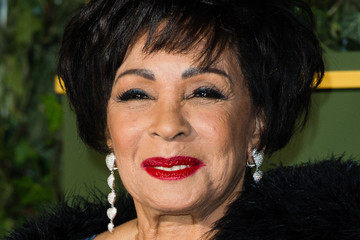 shirley bassey – diamonds are forever