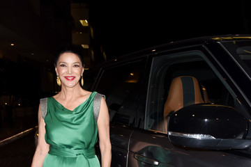 Shohreh Aghdashloo 2017 AMD British Academy Britannia Awards Presented by Jaguar Land Rover and American Airlines - Jaguar Arrivals