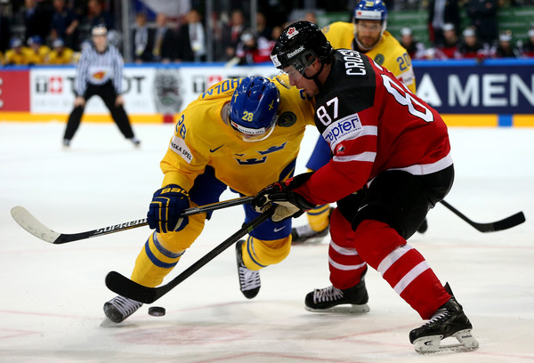 Calhan (CO) United States  city images : ... Sidney Crosby Of Canada And Ryan Callahan Of The United States Fight