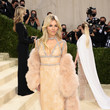 Sienna Miller The 2021 Met Gala Celebrating In America: A Lexicon Of Fashion - Arrivals