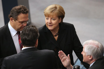 Sigmar Gabriel Horst Seehofer Bundestag Swears in Germany's New Coalition Government
