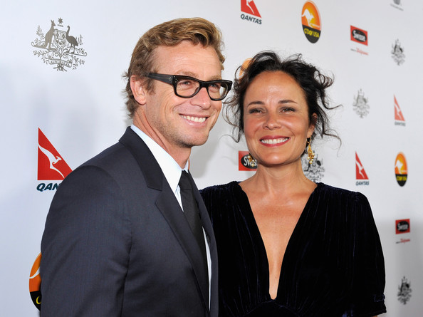 Simon Baker with vacker, Fru Rebecca Rigg