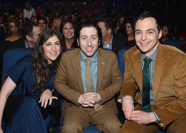 Image result for mayim bialik and simon helberg