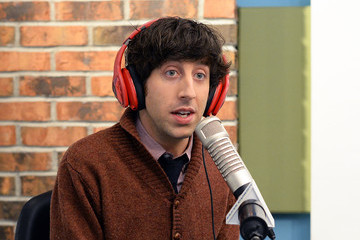Simon Helberg Simon Helberg Visits a Radio Morning Show