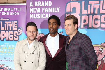 Simon Webbe 'The Three Little Pigs' - VIP Performance - Pink Carpet Arrivals
