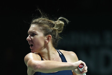 Simona Halep BNP Paribas WTA Finals: Singapore 2016 - Day Five