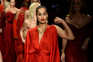 Skylar Diggins The American Heart Association's Go Red For Women Red Dress Collection 2016 Presented By Macy's - Runway