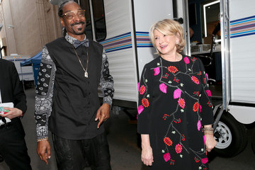 Snoop Dogg Martha Stewart The Comedy Central Roast Of Justin Bieber - Backstage And Audience